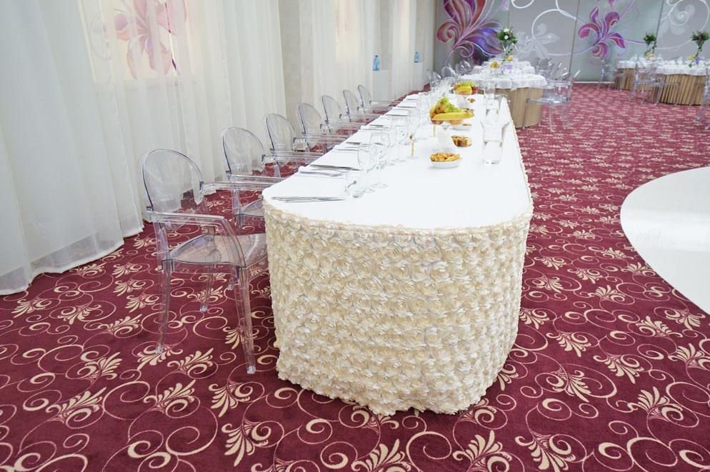 Sala-de-nunti-Marion---Floresti-Cluj---scaune-Igloo-cu-brate,-mese-pliante-Ocean-6