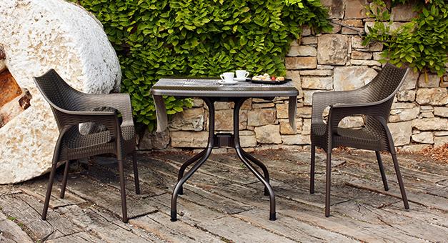 scaune-si-mese-de-terasa-pentru-Horeca-de-calitate