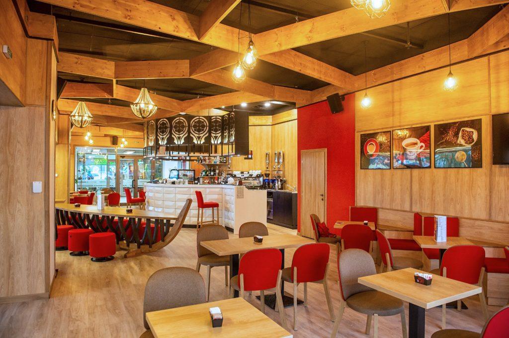 amenajare cafenea Caffe del Doge din Timisoara by Trend Furniture